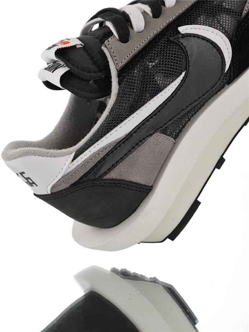潮流板鞋-Sacai x Nike Ldv Waffle 日