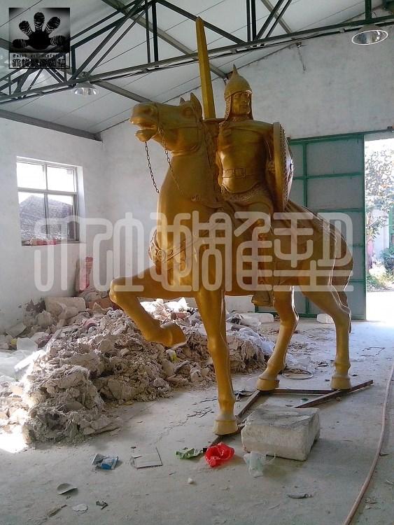 欧式骑士------蓬莱雕塑