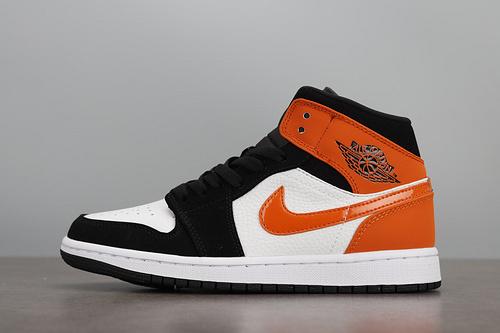 Air Jordan 1 Mid AJ1 黑橙扣碎篮板 篮球鞋 554724-058