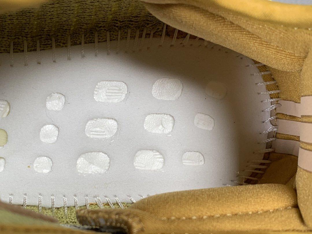 """OG版_350V2 丁黄侧透满天星 Adidas Yeezy Boost 350 V2 """"MARSH"""",货号_FX9034_椰子天使og拿货价多少钱"""