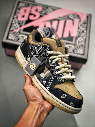 Travis Scott × SB Dunk腰果花 OG纯原版本 CT5053-001_S2纯原制造