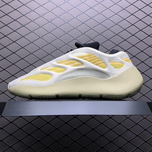 Yeezy 700V3  Srphym 侃爷椰子夜光鞋面异型复古老爹鞋 G54853_外贸特供版aj