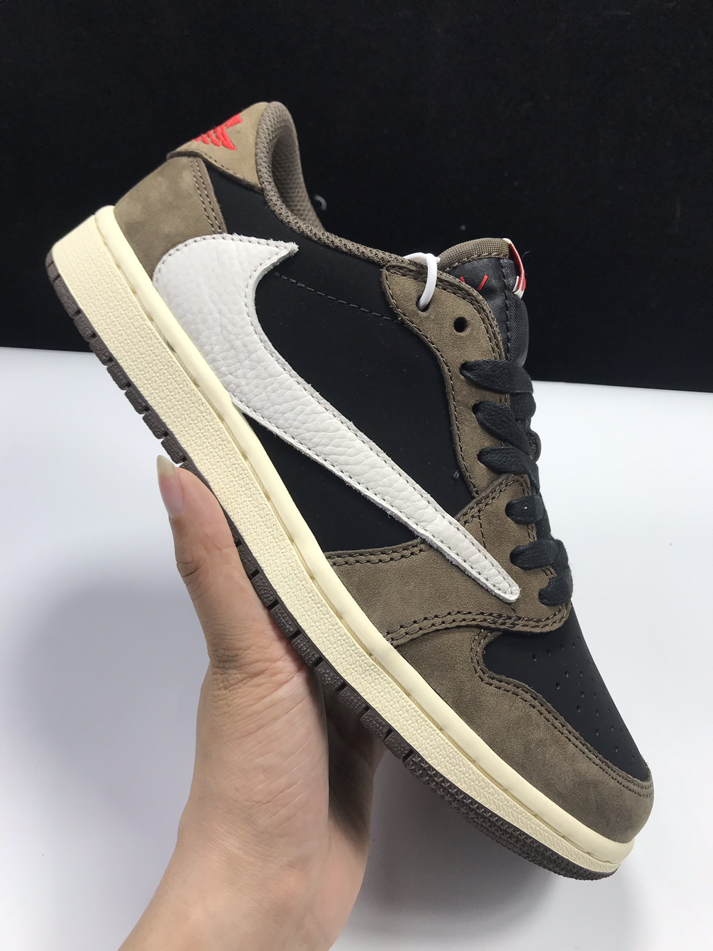 LW:AJ1倒勾低帮 AJ1 X Travis Scott Low ,货号:CQ4277-001_ljr版本好og