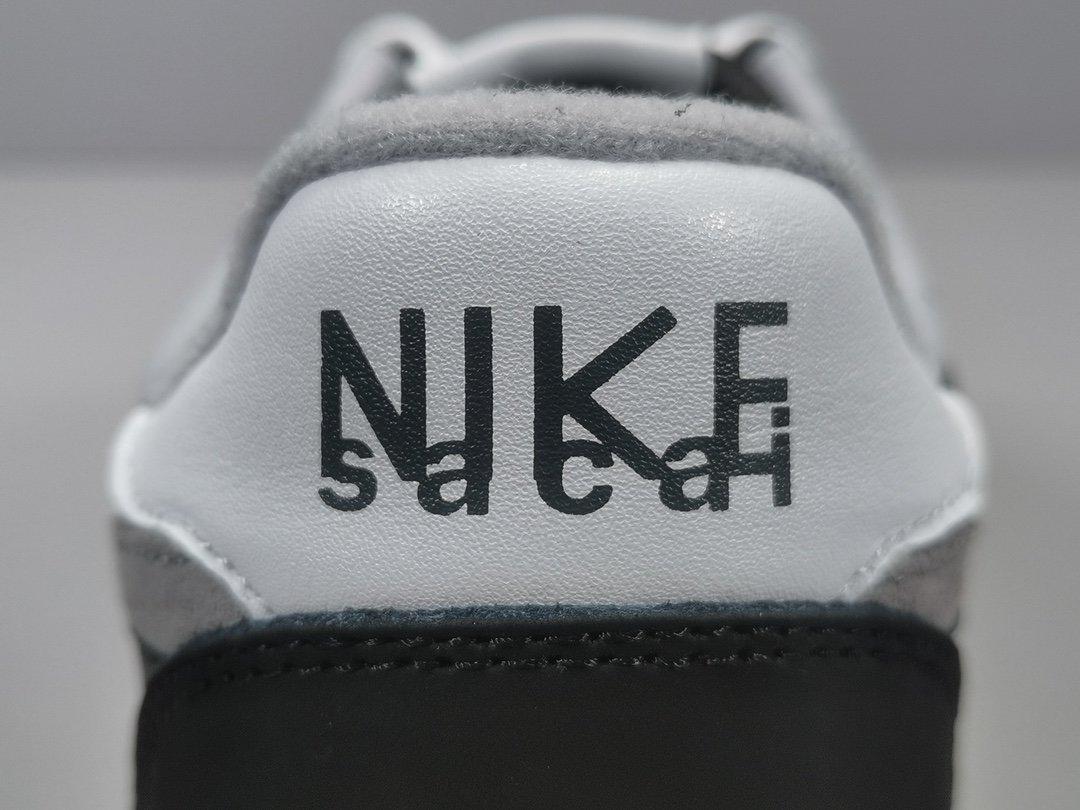 OG版_双勾黑 Sacai x Nike Waffle Daybreak 联名走秀款 货号BV0073-001_og毒版aj材料