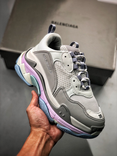 Balenciaga Triple S 灰粉紫_鞋子s2渠道是什么意思