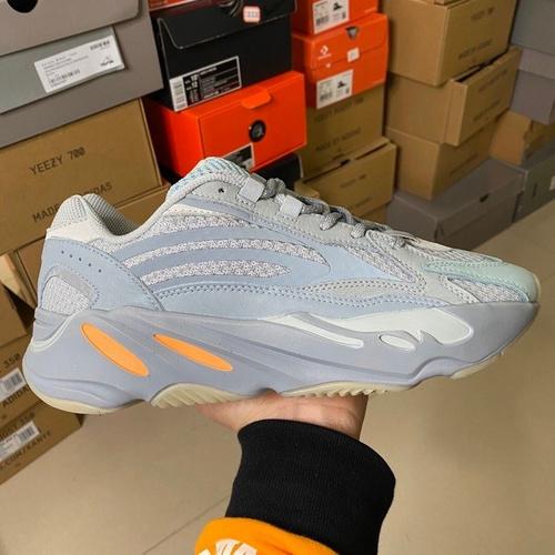 莞顶700 Yeezy 700 新惯性硅蓝橘3M配色 FW2549_莆田鞋god版是什么意思