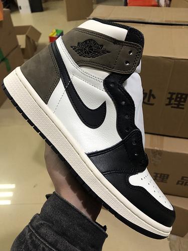 莞H版:乔1 黑魔卡(小倒勾)   Air Jordan 1 retro High OG,货号:555088-105_ljr版本跟og版本哪个好