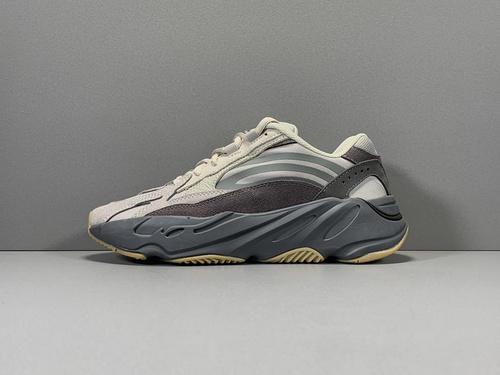 GOD版_椰子700V2 火山灰 YEEZY BOOST 700 V2 TEPHRA, 老爹鞋 货号_FU7914_莆田god版本鞋做的怎么样