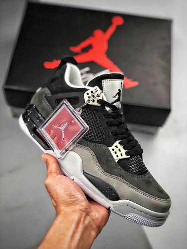 "Air Jordan 4 Retro ""Fear""  奥利奥 - 恐惧 经典情怀_莆田鞋公司级是什么品质"