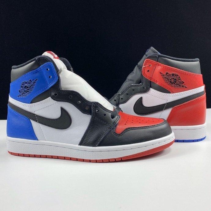 "Air Jordan 1 Retro OG High ""Top Three""裕 LJR版本鸳鸯配色 555088-026_莆田的god版什么意思"