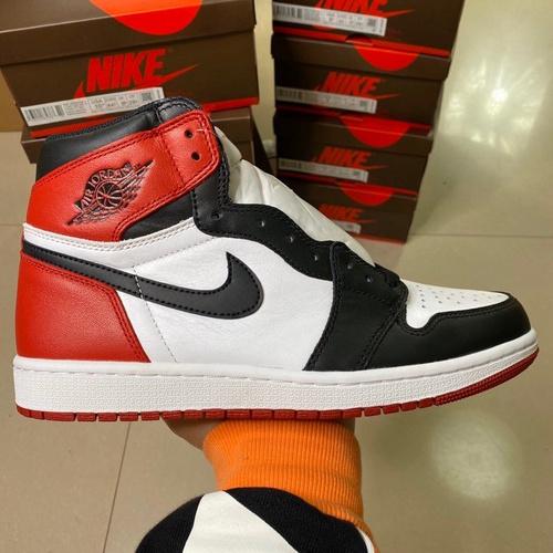 "LJR莞顶 Air Jordan 1 Retro OG High ""BredToe"" 黑脚趾 555088-125_莆田god版鞋子"