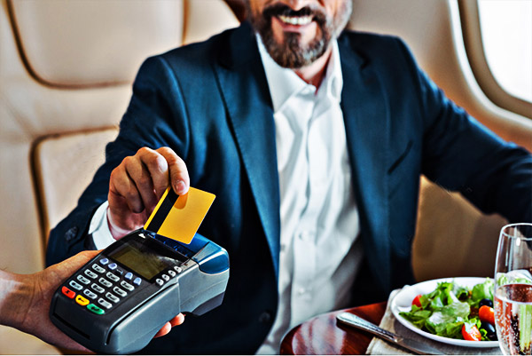 为什么现在透支信用卡的人会越来越多?-第1张图片