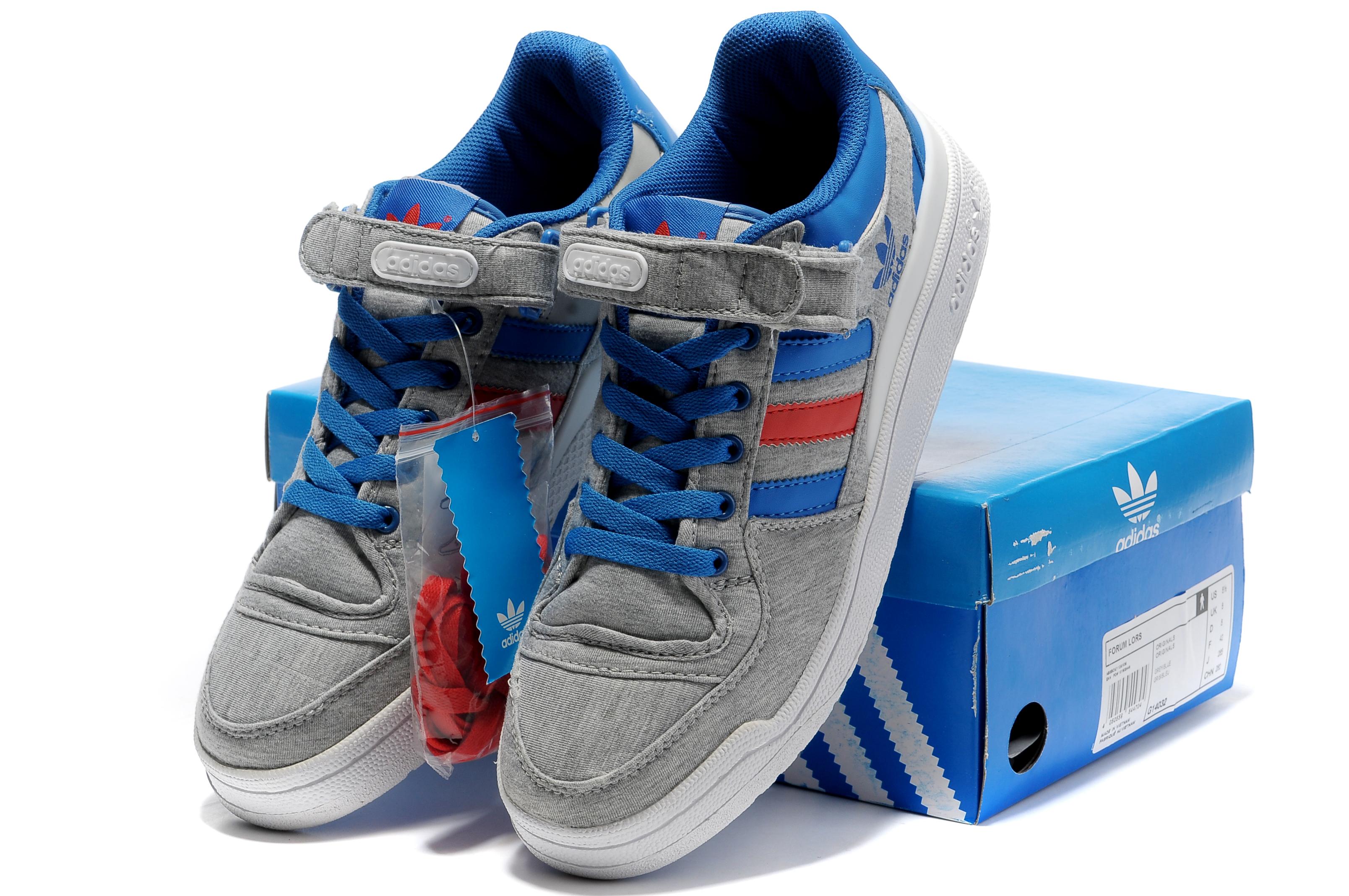 adidas夏天穿着不闷脚的板鞋 有没有一个阿迪2011新款鞋子