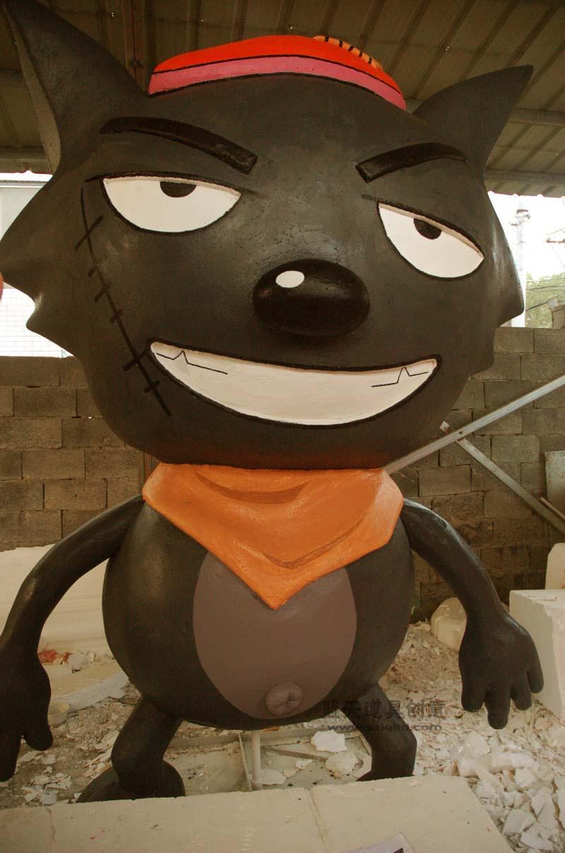 名称:泡沫动物雕塑.制作材料:泡沫.使用领域:温州雅林园林.制作日期:2011.