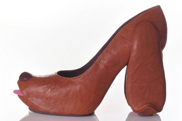 不可一世的鞋子-74la.com
