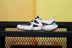 AQ1316-100  Nike Wmns Free Rn 5.0 2019 赤足超弹力大底 超轻网面透气运动跑步鞋