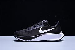 BQ9646002NKZoomPegasus37登月37代内置真气垫超轻网面透气跑步鞋黑白男女鞋364