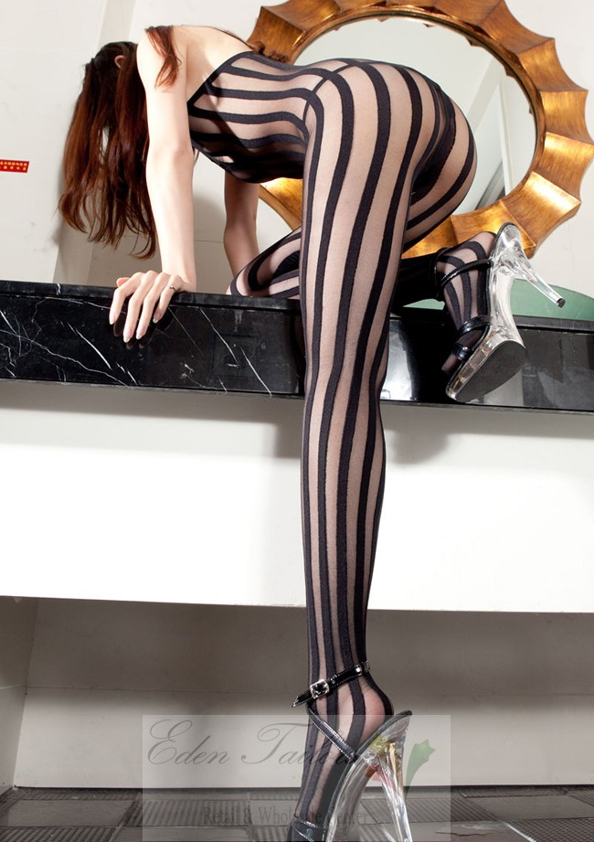 Vertical stripe pantyhose