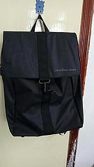 70元 CK背包 黑色出货 Calvin Klein超软双肩包 CK电脑包 学生书包 尺寸43*30*13(cm)
