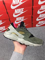 公司货 亚博集团华莱士四代亚博集团华莱士4代 质感猪巴戈系列 Nike Air Huarache Ultra ID 订制款 苔藓绿 829669-336