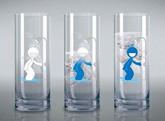 喝水的时候顺便欺负下小人