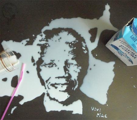 用牛奶和咖啡作画