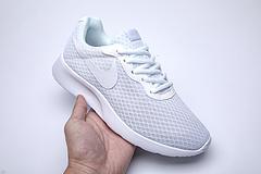 Nike Roshe Run yabo888体育 奥运伦敦三代小跑  正确版本?真标带半码! 35.5 36 36.5 37.5 38 38.5 39 40 40.5 41 42 42.5 43 44 44.5 4