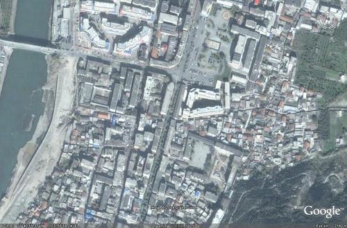 这个是Google提供的震前茂县的卫星地图
