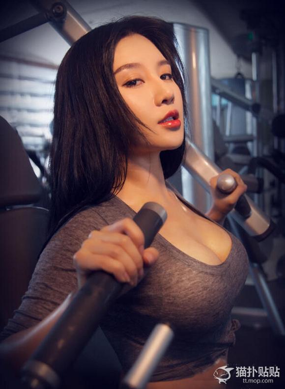 美胸控-健身房的妹子