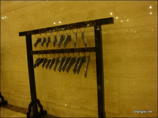 山东省博物馆展出的编钟