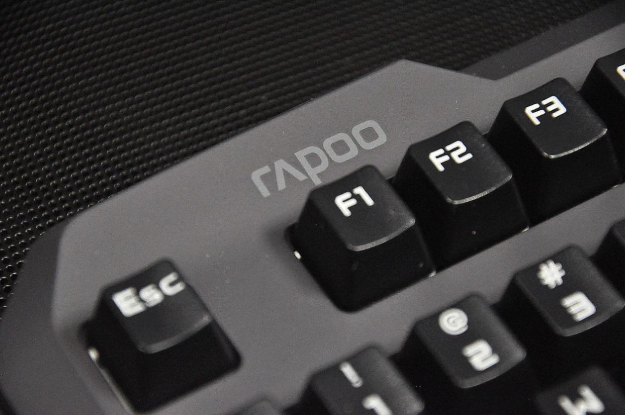 雷柏机械键盘
