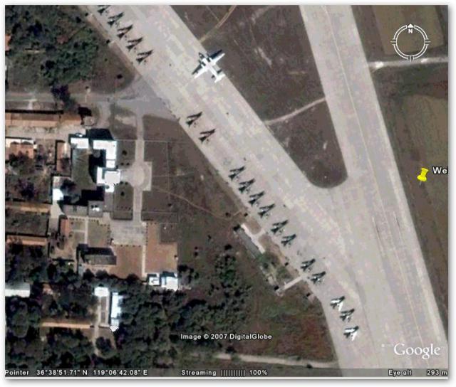 潍坊飞机场及停放的一些战斗机