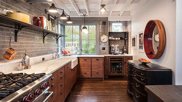 西雅图设计及工程公司JAS Design Build翻新作品:怀旧工业风格厨房