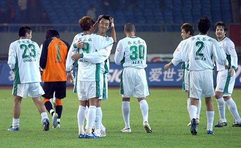 2007年中超第27轮:浙江绿城2-1厦门蓝狮