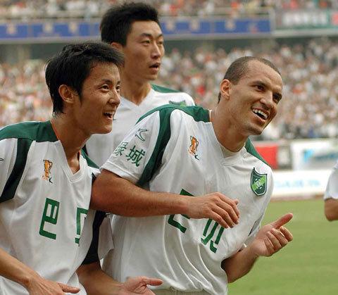 2006年中甲第26轮:浙江绿城2-0湖南湘军