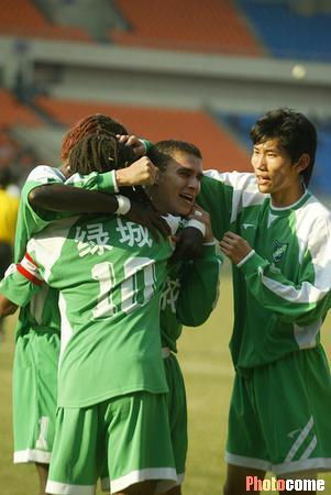 2003年甲B第26轮:浙江绿城6-1哈尔滨兰格