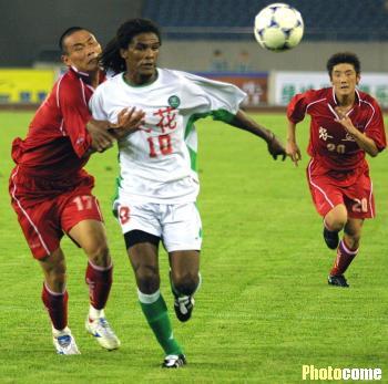 2002年甲B第16轮:浙江绿城2-0甘肃农垦