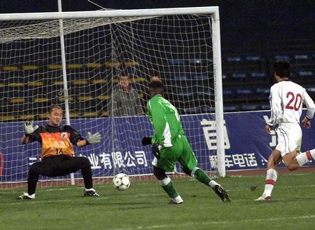 2002年足协杯半决赛第1回合:辽宁波导3-2浙江绿城