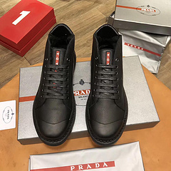 批240Prada普拉达新款休闲运动鞋鞋面采用小牛皮绒里原版特供原版底20397