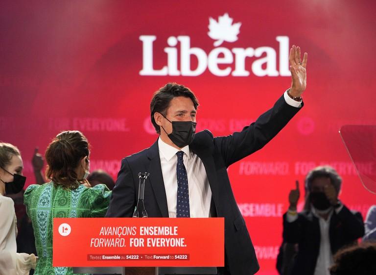 加拿大总理成功连任