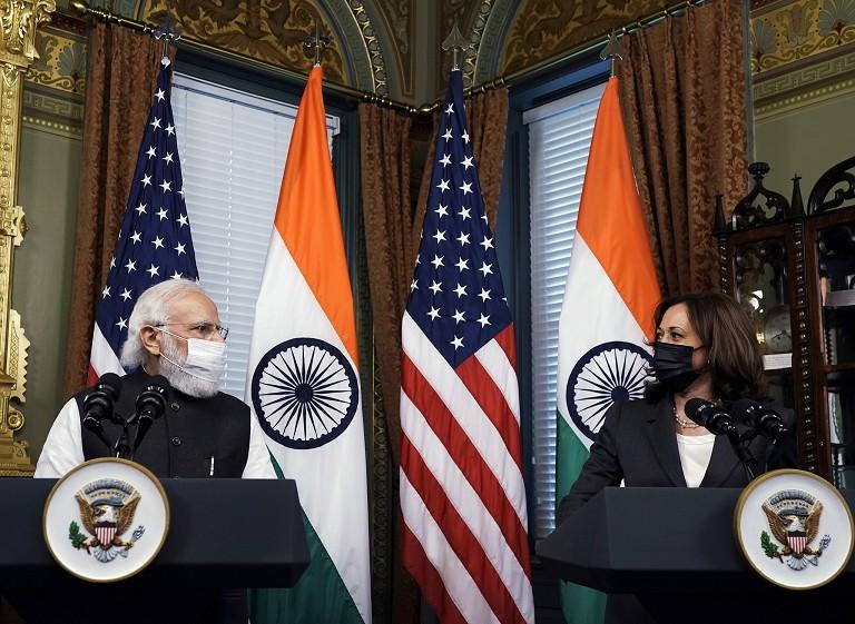 印总理会晤美副总统