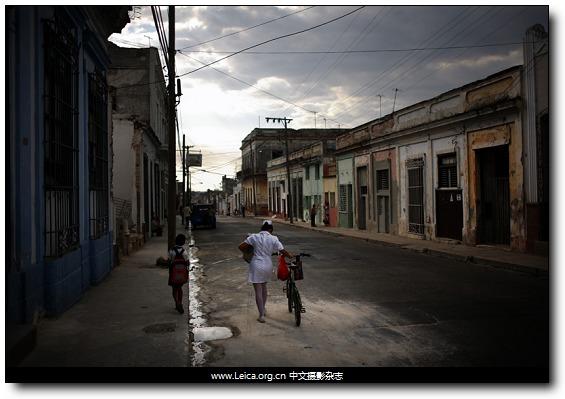 『沙龙国际奖项』全球年度图片奖:第69届POYi获奖作品