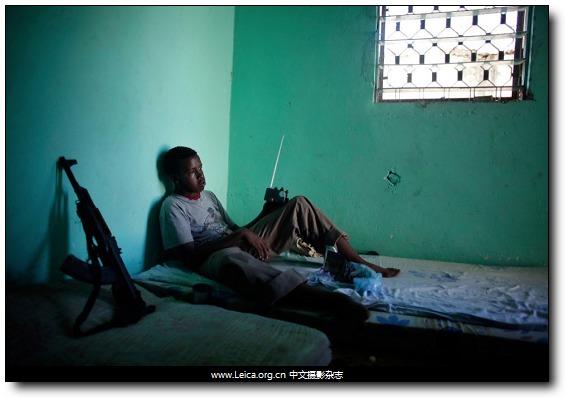 『摄影奖项』Young Reporter 年轻报道摄影师奖 2011