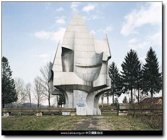 『他们在拍什么』Jan Kempenaers,纪念碑