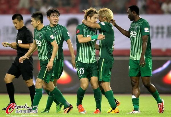 2013年中超第23轮:杭州绿城2-1青岛中能