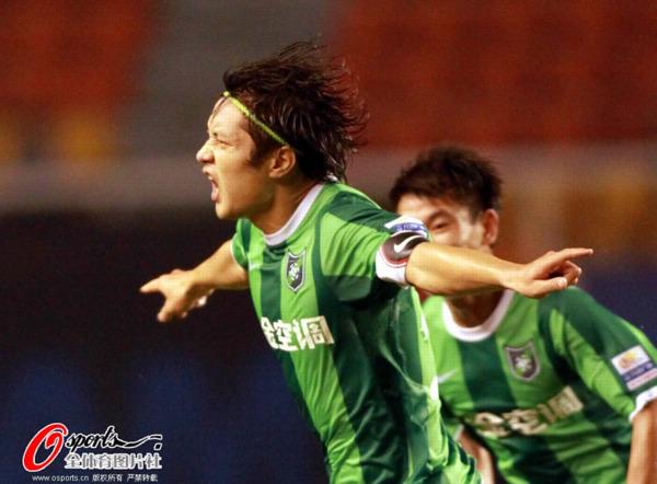 2012年中超第23轮:大连实德2-3杭州绿城