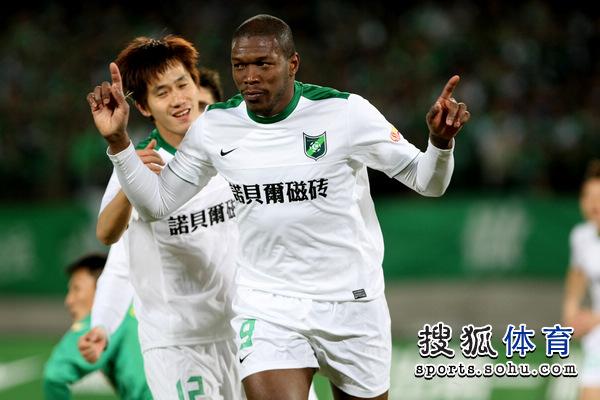 2011年中超第2轮:北京国安1-3杭州绿城