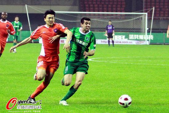 2011年中超第3轮:杭州绿城1-0青岛中能
