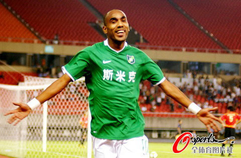 2009年中超第25轮:杭州绿城2-2成都谢菲联