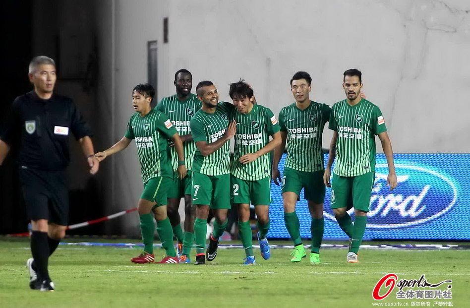 2014年中超第26轮:上海申鑫1-1杭州绿城